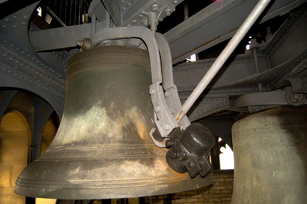 Колокол внутри башни Биг-Бен, отлитый в 1856 году