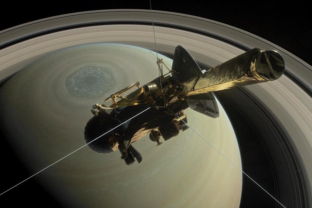Зонд Cassini сообщил последний знак. Аппарат сгорел ватмосфере Сатурна