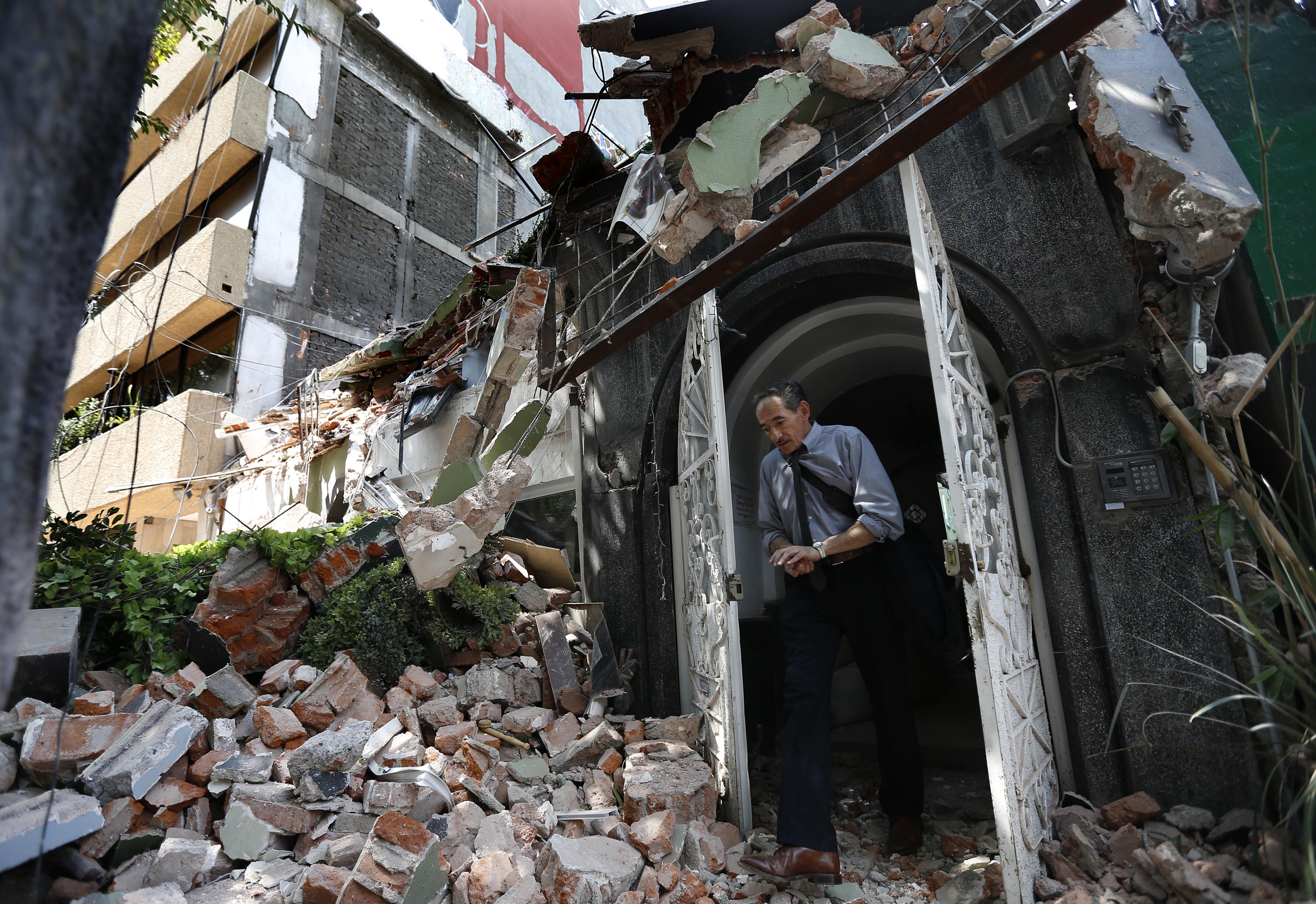 Литовцев среди жертв землетрясения вМексике нет— МИД