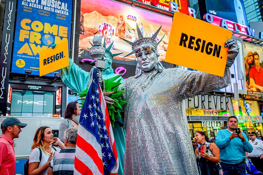 Протесты против миграционной политики Дональда Трампа 18 сентября в Нью-Йорке