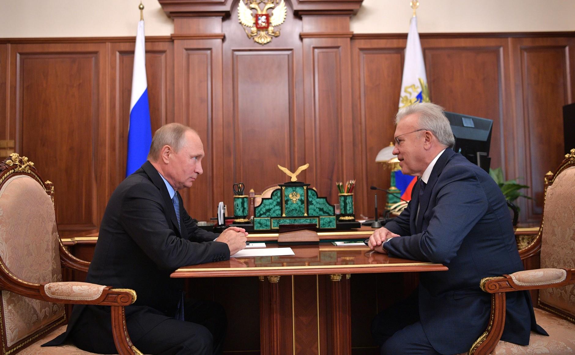 Владимир Путин сАлександром Уссом
