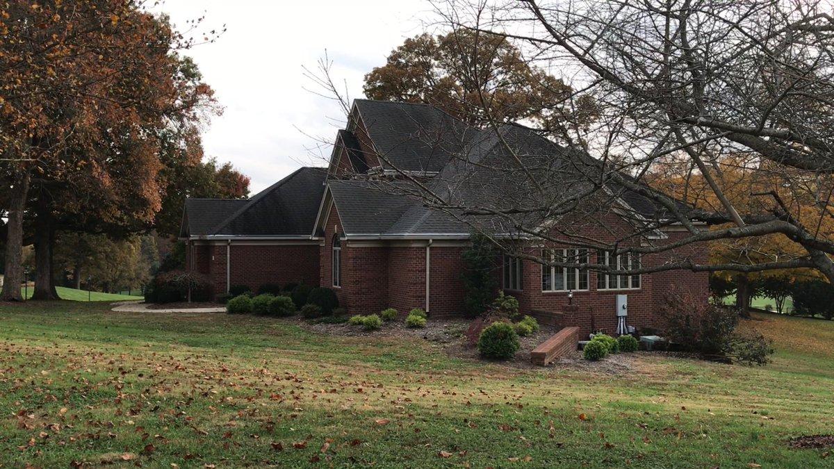 Дом, в котором живет Рене Бучер, по соседству с Рэндом Полом