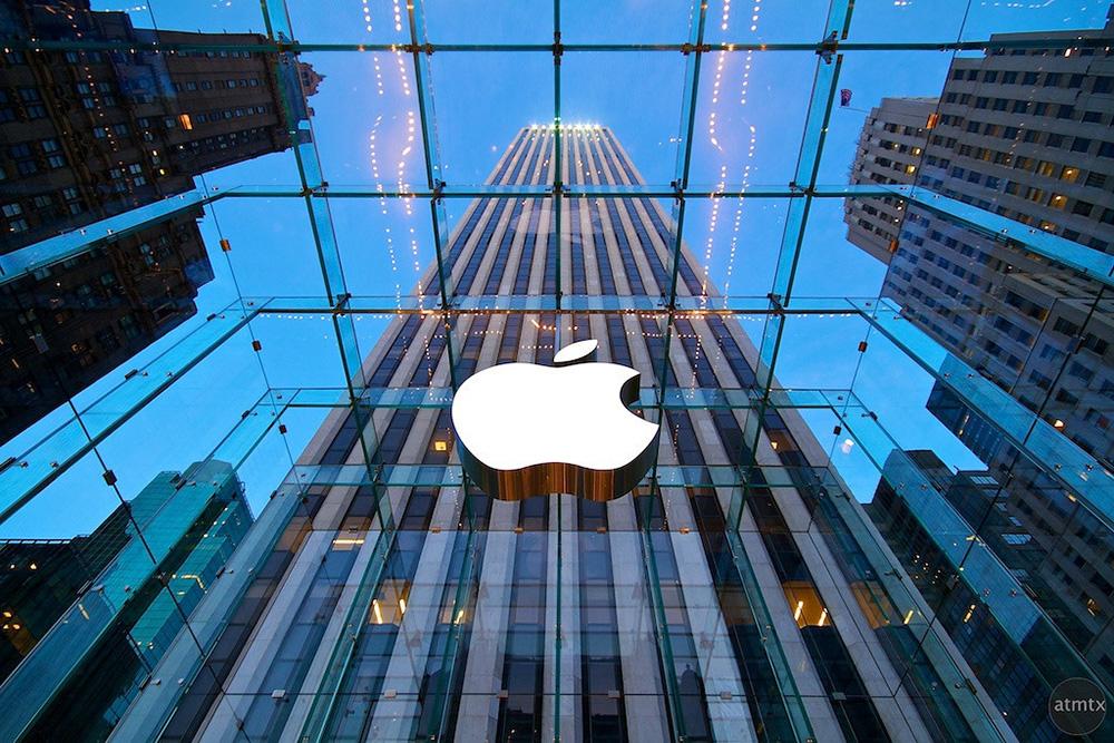 Apple умышленно понижает скорость работы старых iPhone