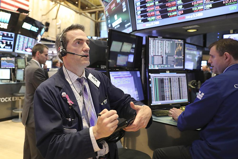 Компания Bloomberg назвала лучшие ихудшие активы года