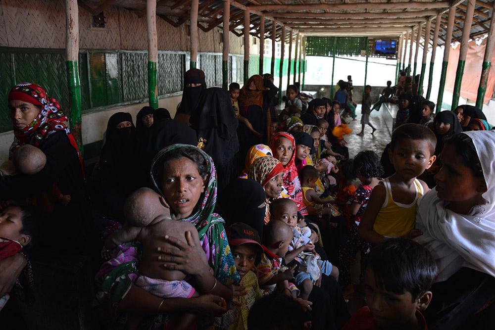 Мусульманские беженцы после геноцида в Мьянме